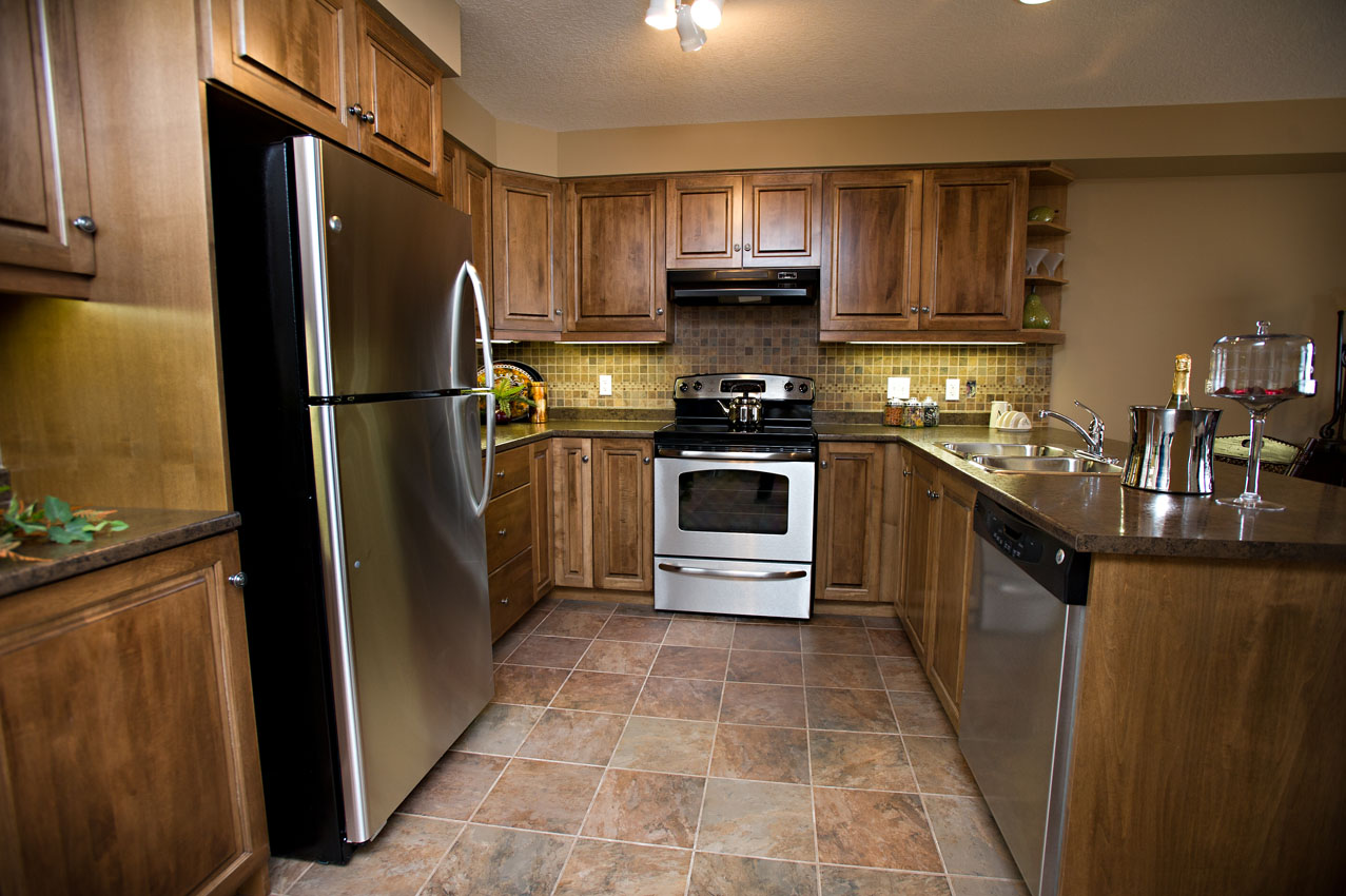 New homes norwich kitchener waterloo ayr woodstock for Virtual tour kitchen designs